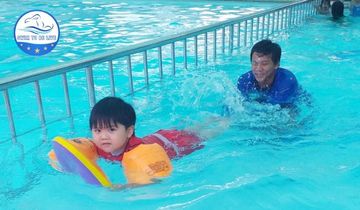 Học bơi tại Thủ Đức