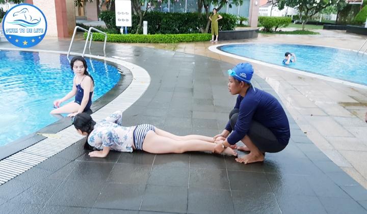dạy bơi kèm riêng quận 9