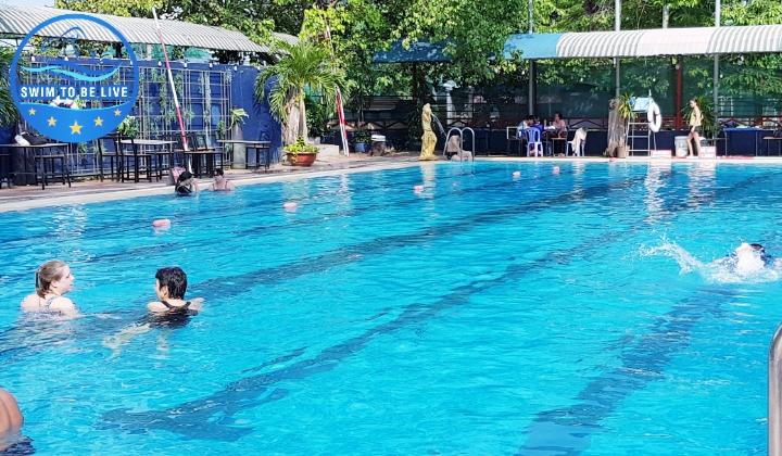 Hồ bơi Làng Hoa